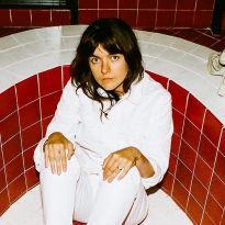 COURTNEY BARNETT SLAYS MALE TROLLS WITH EMPATHY ON NEW SINGLE