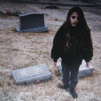 RECORD REVIEW: CRYSTAL CASTLES – CRYSTAL CASTLES