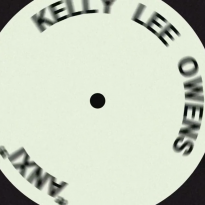 KELLY LEE OWENS DROPS NEW VIDEO, DEBUT ALBUM OUT NOW!