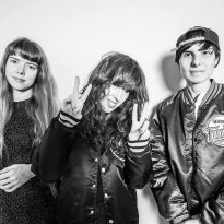 THE COURTNEYS SHARE NEW SINGLE FROM NEW RECORD