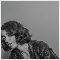 KELLY LEE OWENS SHARES ANXI FROM FORTHCOMING DEBUT LP